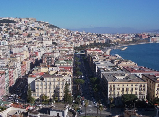 Photo Napoli e il suo lungomare. in Naples - Pictures and Images of Naples