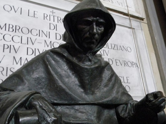 Photo girolamo savonarola firenze in Florence - Pictures and Images of Florence - 550x409  - Author: Peppe Guida, photo 41 of 593