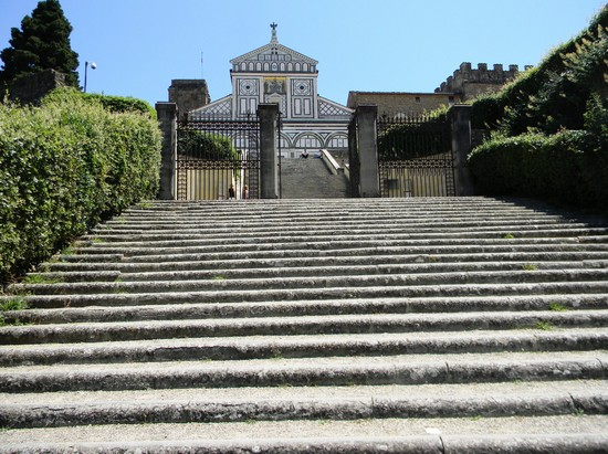 Photo basilica di s miniato al monte firenze in Florence - Pictures and Images of Florence - 550x411  - Author: Peppe Guida, photo 1 of 557