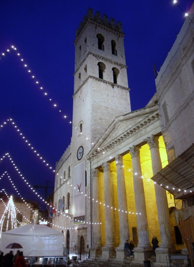 Photo assisi di sera assisi in Assisi - Pictures and Images of Assisi - 400x550  - Author: CARLA, photo 50 of 140