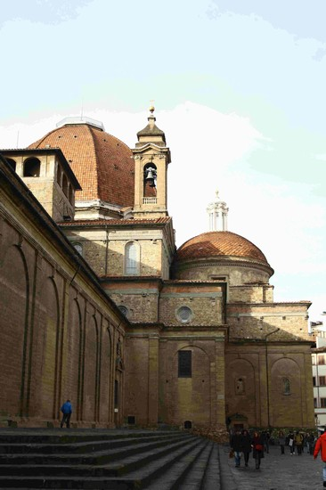 Photo san lorenzo firenze in Florence - Pictures and Images of Florence - 366x550  - Author: Alice, photo 50 of 554