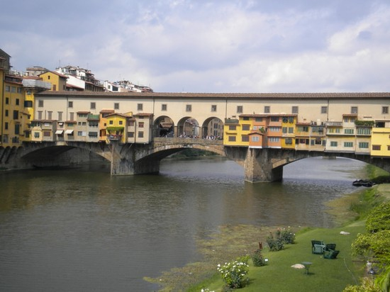 Photo ponte vecchio firenze in Florence - Pictures and Images of Florence - 550x412  - Author: Andrea, photo 63 of 593