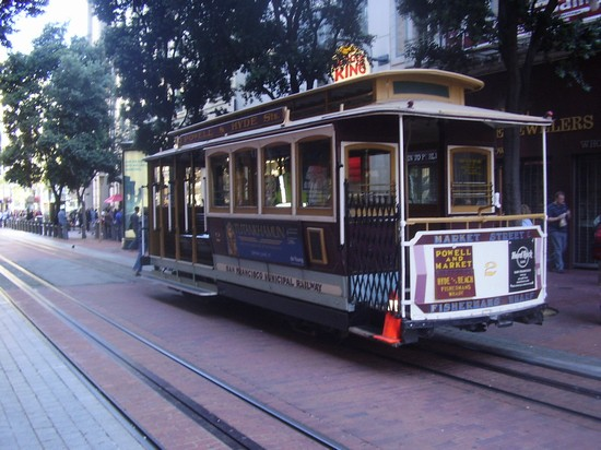 Photo Tram in San Francisco - Pictures and Images of San Francisco
