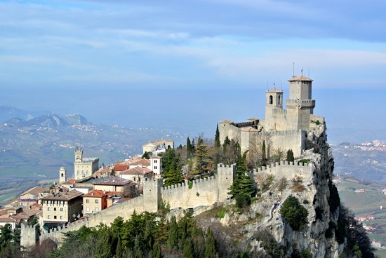 Photo san marino san marino in San Marino - Pictures and Images of San Marino - 550x368  - Author: Ersilia, photo 19 of 45