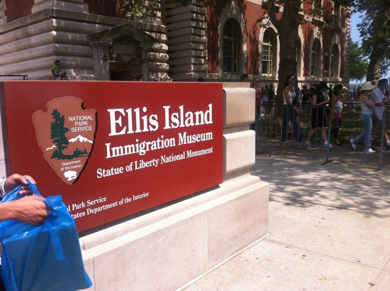 Photo ellis island new york in New York - Pictures and Images of New York - 550x410  - Author: Marialuciana, photo 165 of 541