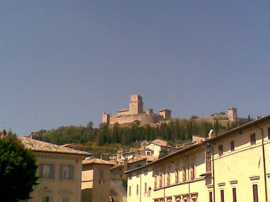 Photo assisi rocca maggiore in Assisi - Pictures and Images of Assisi - 550x412  - Author: Gianni, photo 2 of 174