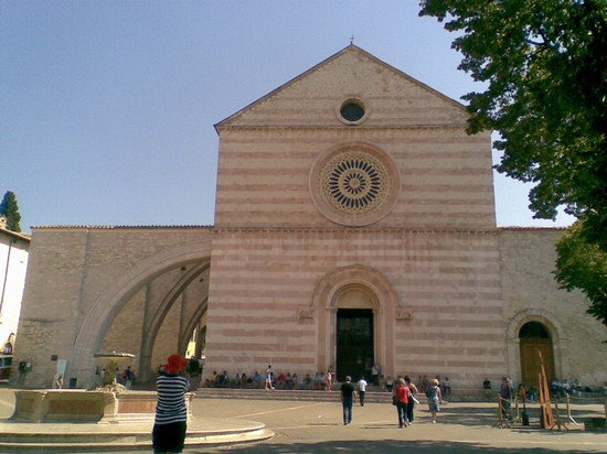 Photo assisi basilica di santa chiara in Assisi - Pictures and Images of Assisi