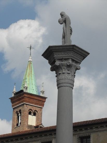 Photo centro storico vicenza in Vicenza - Pictures and Images of Vicenza - 412x550  - Author: CARLA, photo 13 of 66