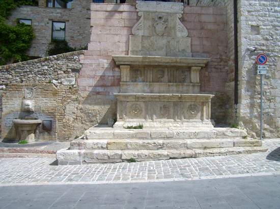 Photo assisi assisi in Assisi - Pictures and Images of Assisi - 550x412  - Author: Simonetta, photo 62 of 192