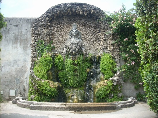 Photo villa d este tivoli in Tivoli - Pictures and Images of Tivoli - 550x412  - Author: Barbara, photo 43 of 75