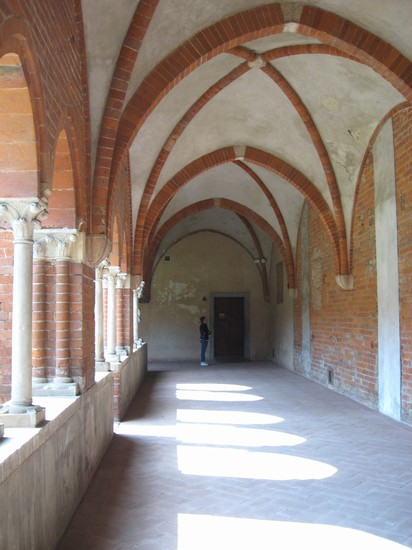 Photo abbazia di chiaravalle milano in Milan - Pictures and Images of Milan - 412x550  - Author: Barbara, photo 136 of 336