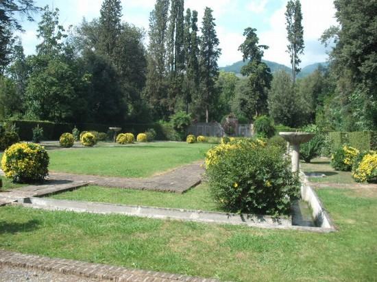 Photo villa reale lucca in Lucca - Pictures and Images of Lucca - 550x412  - Author: Marco, photo 44 of 205