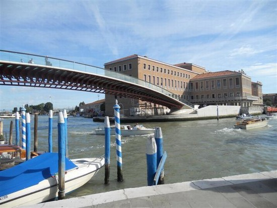 Photo ponte della costituzione venezia in Venice - Pictures and Images of Venice - 550x413  - Author: Ludovico, photo 398 of 720