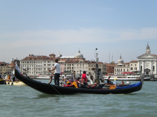 Photo venezia venezia in Venice - Pictures and Images of Venice - 550x412  - Author: Daniela, photo 410 of 719