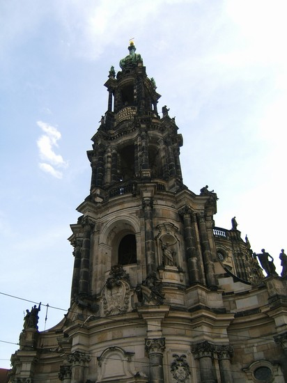 Photo la chiesa dresda in Dresden - Pictures and Images of Dresden - 412x550  - Author: Claudia, photo 7 of 16