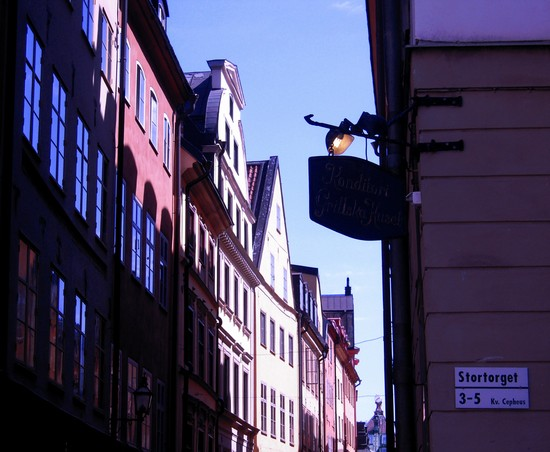 Photo gamla stan stoccolma in Stockholm - Pictures and Images of Stockholm - 550x452  - Author: Federica, photo 77 of 259