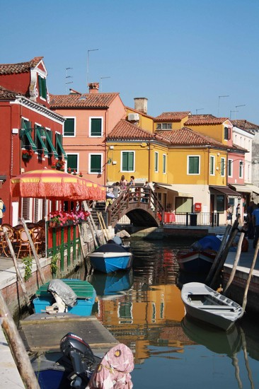 Photo burano venezia in Venice - Pictures and Images of Venice - 366x550  - Author: Alice, photo 431 of 719