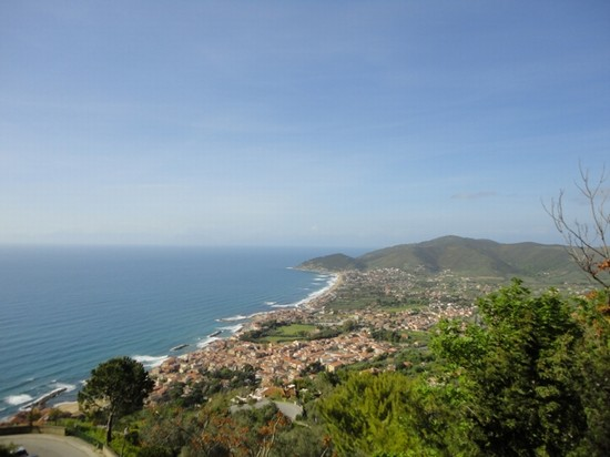 Foto Splendida panoramica da sopra a Castellabate