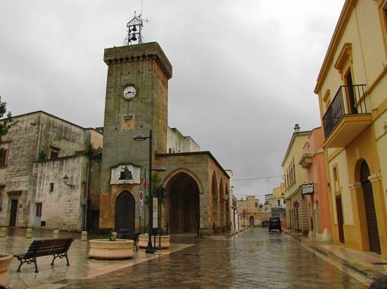Foto Torre dell'orologio a Lecce - 550x412  - Autore: Enzo, foto 40 di 128