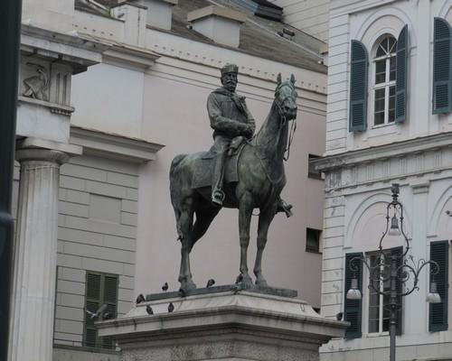 Foto monumento a garibaldi genova - Imágenes y fotos de Génova - 500x400  - Autor: Laura, Foto 109 de 236