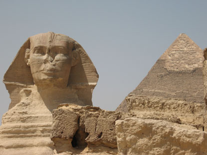 Photo giza sfinge e piramide in Giza - Pictures and Images of Giza - 415x311  - Author: Editorial Staff, photo 4 of 11