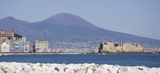 Foto Lungomare di Napoli a Napoli - 550x251  - Autore: Marianna, foto 1 di 300