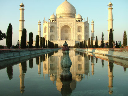 Photo Taj Mahal e viale in Agra - Pictures and Images of Agra