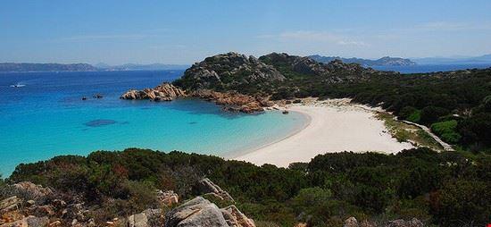 71577 isola della maddalena spiaggia rosa