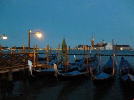 75577_venezia_gondole