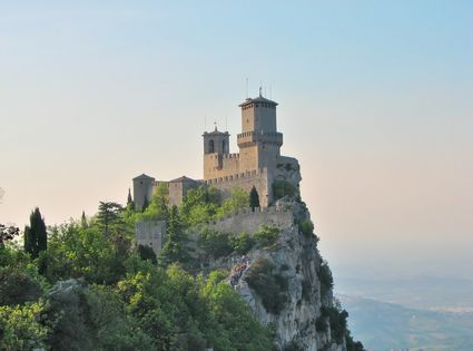 Photo san marino il monte titano in San Marino - Pictures and Images of San Marino