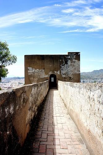 Photo castello di gibralfaro in m laga pictures and - Kenay home malaga ...