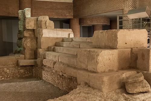 MUSEO DEL PUERTO ROMANO   a ZARAGOZA