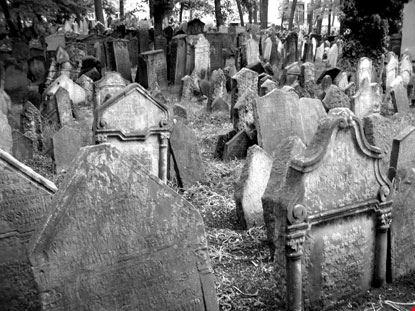 8366 prague vecchio cimitero ebraico