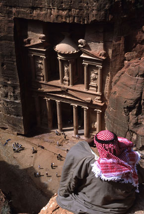 Photo Beduino in Petra - Pictures and Images of Petra
