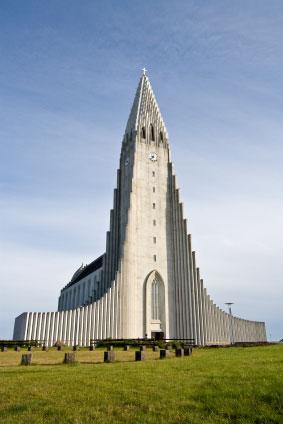 Photo reykjavik chiesa di reykjavik in reykjavik for Casette di legno in islanda reykjavik