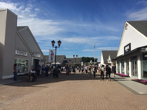 Woodbury (NY) United States  city photo : Photo woodbury outlet in New York Pictures and Images of New York ...