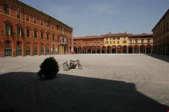 piazza matteotti imola