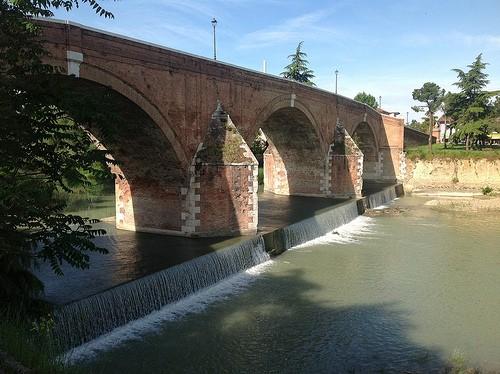 Foto ponte vecchio a cesena 500x374 autore redazione for Disegni di ponte a 2 livelli