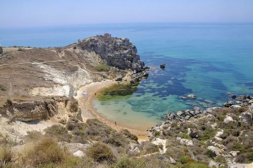 http://images.placesonline.com/photos/91327_licata_cala_paradiso_licata.jpg