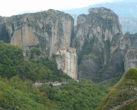 93210 larissa monasteri di meteora