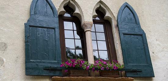 Foto casa gotica a asolo 550x265 autore redazione for Casa di architettura gotica