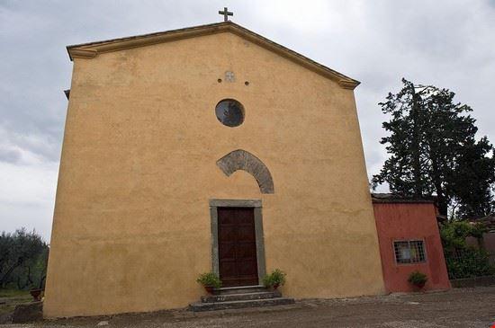 Facciata della Pieve di Santa Maria a Coeli Aula-Montespertoli