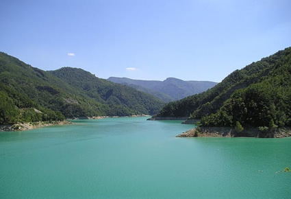 Bagno di romagna lago di ridracoli bilder und fotos aus - Lago pontini bagno di romagna ...
