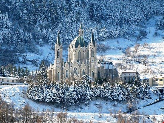 98501 castelpetroso santuario