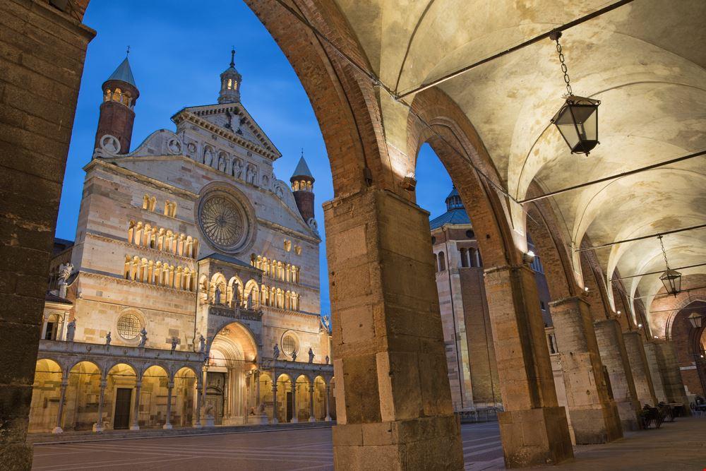 Cremona_427652179