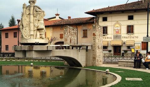 Friuli venezia giulia guida turistica regione friuli for Piazza del friuli