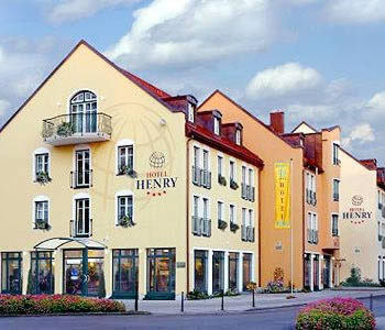 hotel henry erding in munich compare prices. Black Bedroom Furniture Sets. Home Design Ideas