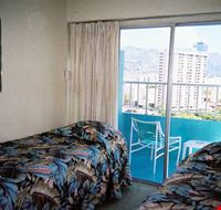 Camera a due letti con vista montagne