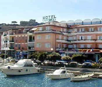Hotel l 39 approdo a castiglione della pescaia for Hotel castiglione della pescaia