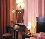 Camera doppia matrimoniale – scrivania